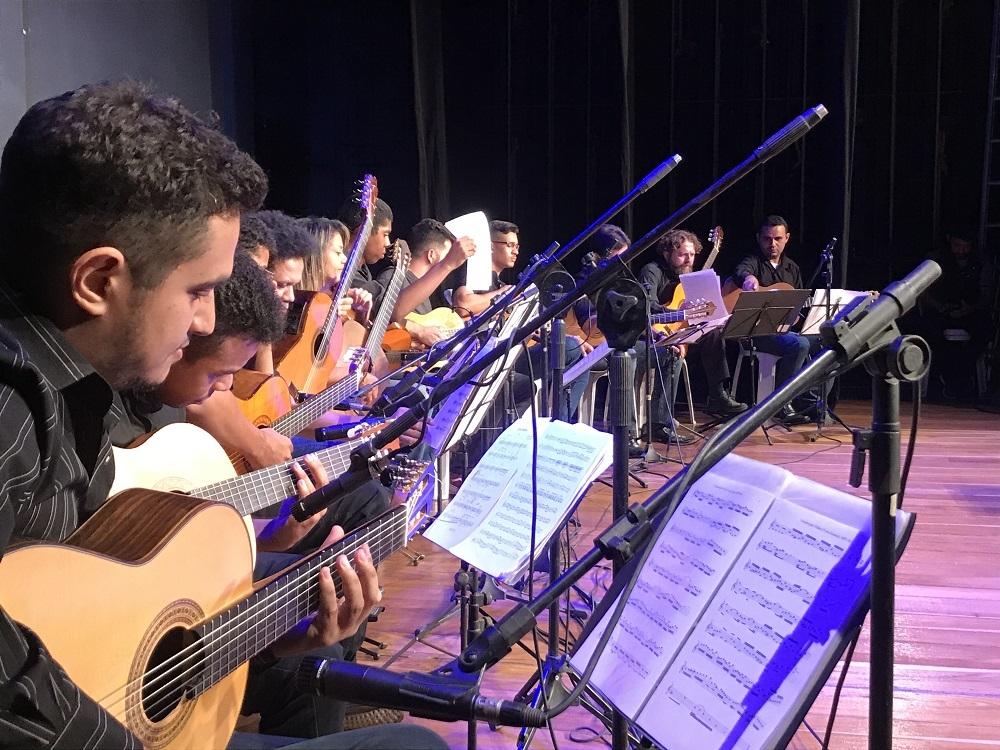Conheça os selecionados para a semifinal do II Concurso de Violão de Teresina