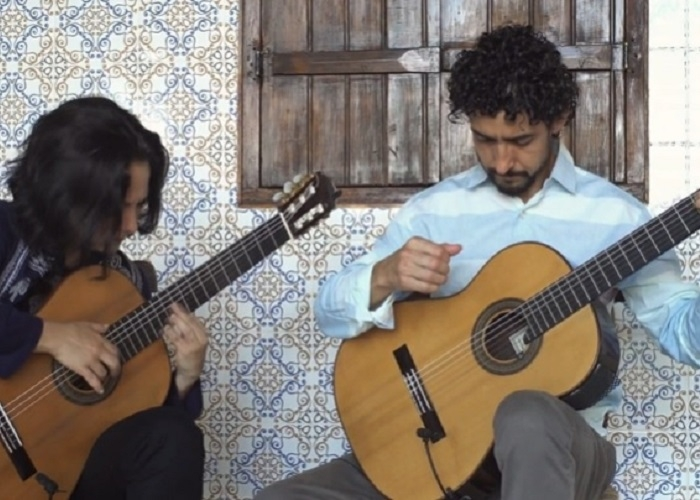 Capa do vídeo Duo Siqueira Lima - Arabesque N.º 1 (Claude Debussy)