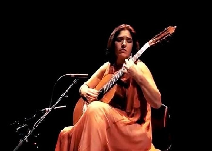 Capa do vídeo Elodie Bouny - Cena brasileira 1 (Elodie Bouny) - Centre Culturel Baschet