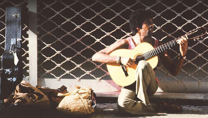 Que ladeira é essa. Minidoc analisa obra de Gilberto Gil e seu violão criativo - foto Gilberto Gil