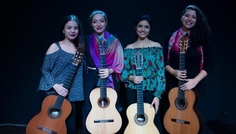 Concerto reúne quatro jovens mulheres violonistas neste sábado (07) em São Paulo - Quarteto Rosa dos Ventos
