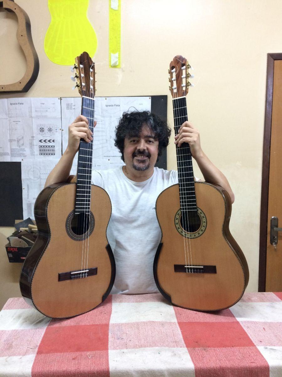 Na Série Diário de um Violão, Thiago Abdalla analisa novo modelo do luthier Cleyton Fernandes - Imagem Cleyton Fernandes em seu ateliê