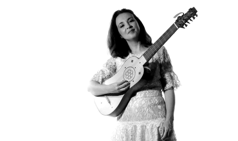 Dagma Eid faz recital de vihuela, violão e guitarra barroca e romântica neste sábado - Dagma Eid