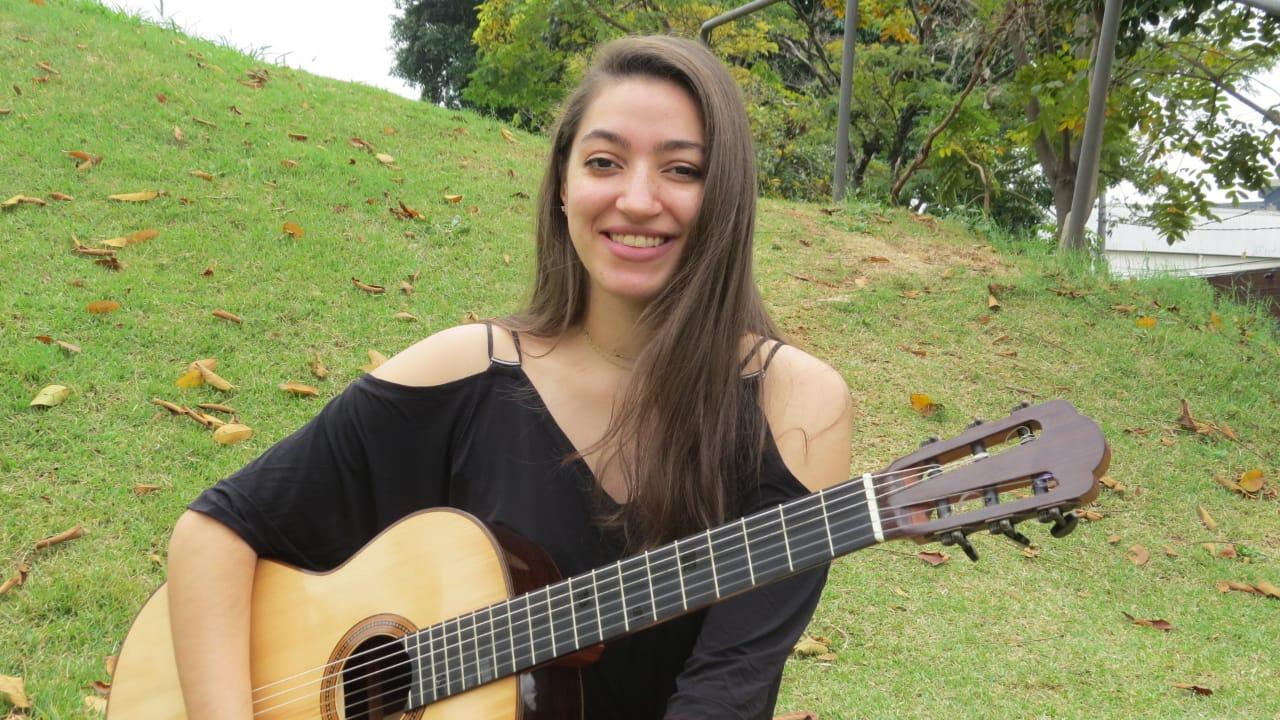 Concerto reúne quatro joves mulheres violonistas neste sábado (07) em São Paulo - Isabel Luiza