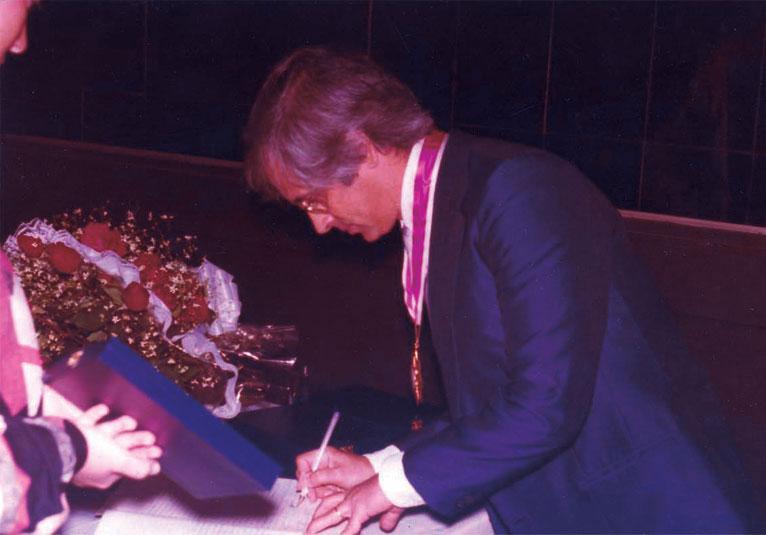 Entrevista inédita e fotos raras do violonista e professor Henrique Pinto são publicadas pelo Acervo - foto Henrique Pinto / Arquivo particular: Shirley Higa