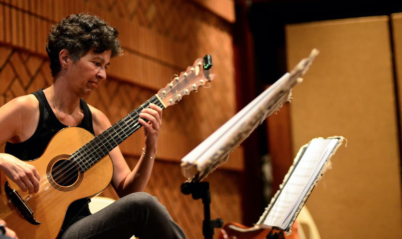 Isaías Savio: mestre encantador e apaixonado por violão, por Gisela Nogueira