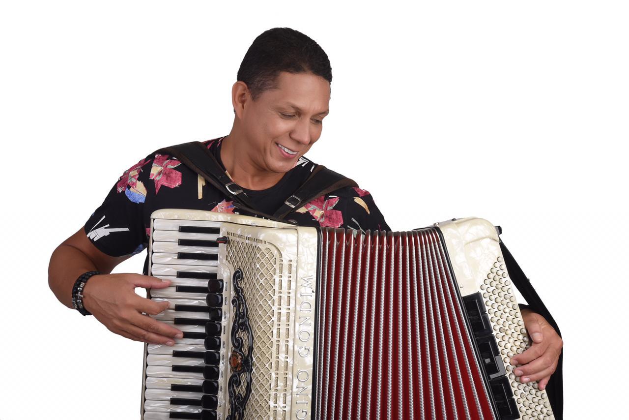 Jackson do Pandeiro ganha tributo em seu centenário no Sesc Santana - Targino Gondim