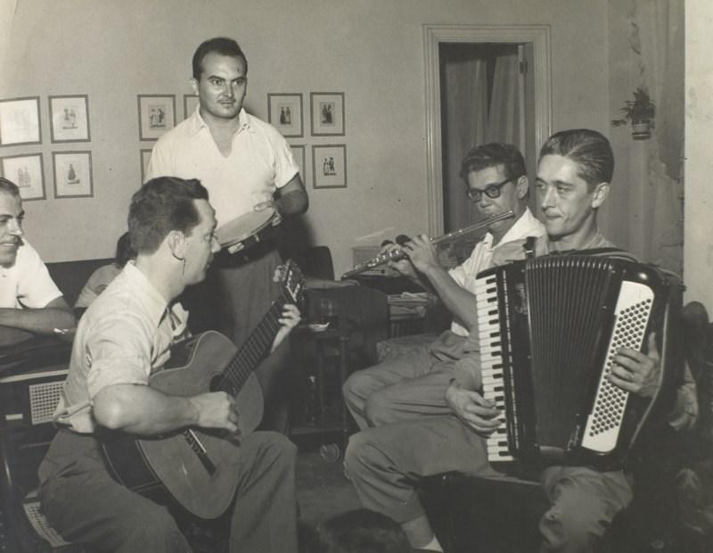 Música inédita de Garoto é descoberta por pesquisadores e lançada pelo Acervo Violão Brasileiro