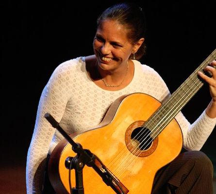 Morre Antonio Manzione, maestro que ensinou as primeiras notas musicais a grandes nomes do violão brasileiro - foto: Maria Haro
