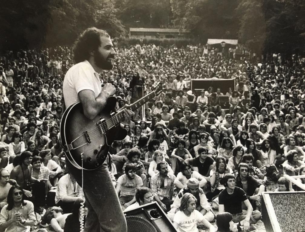 Violonistas celebram 70 anos de Paulo Bellinati em live, série de vídeos inéditos e imagens raras