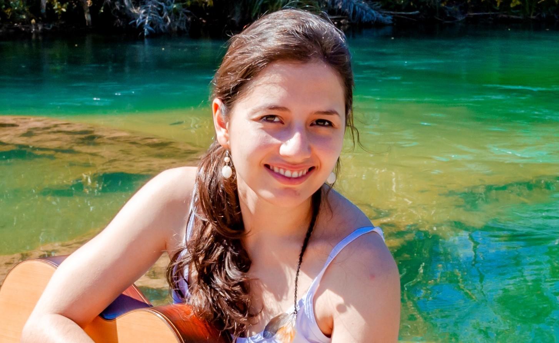 Thaís Nascimento lança disco sobre mulheres compositoras para violão neste sábado - foto Thaís Nascimento