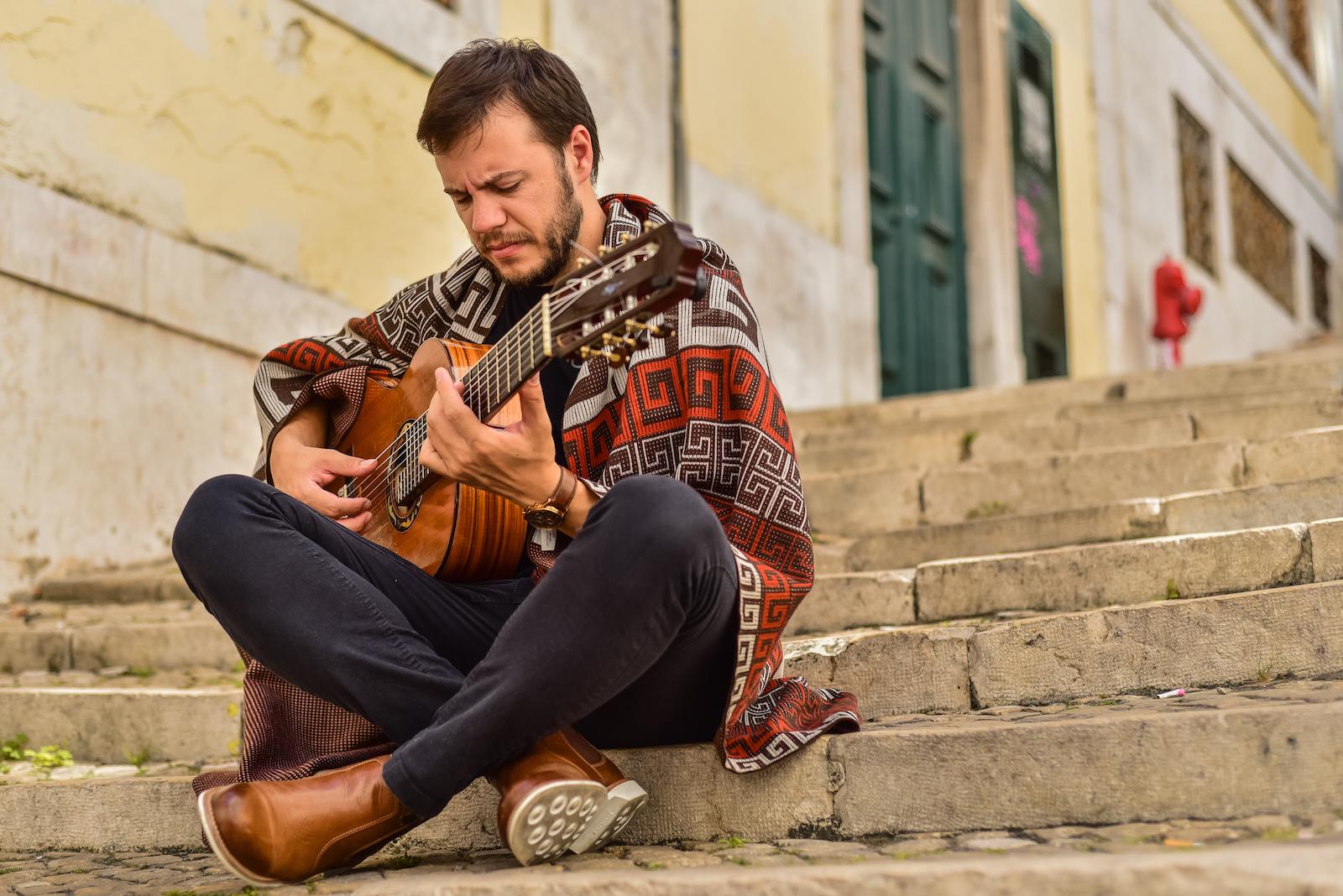 Gabriel Selvage fala da música Pro Lúcio, selecionada para o CD Novas 3 - Gabriel Selvage. Crédito: Stefanie Telles