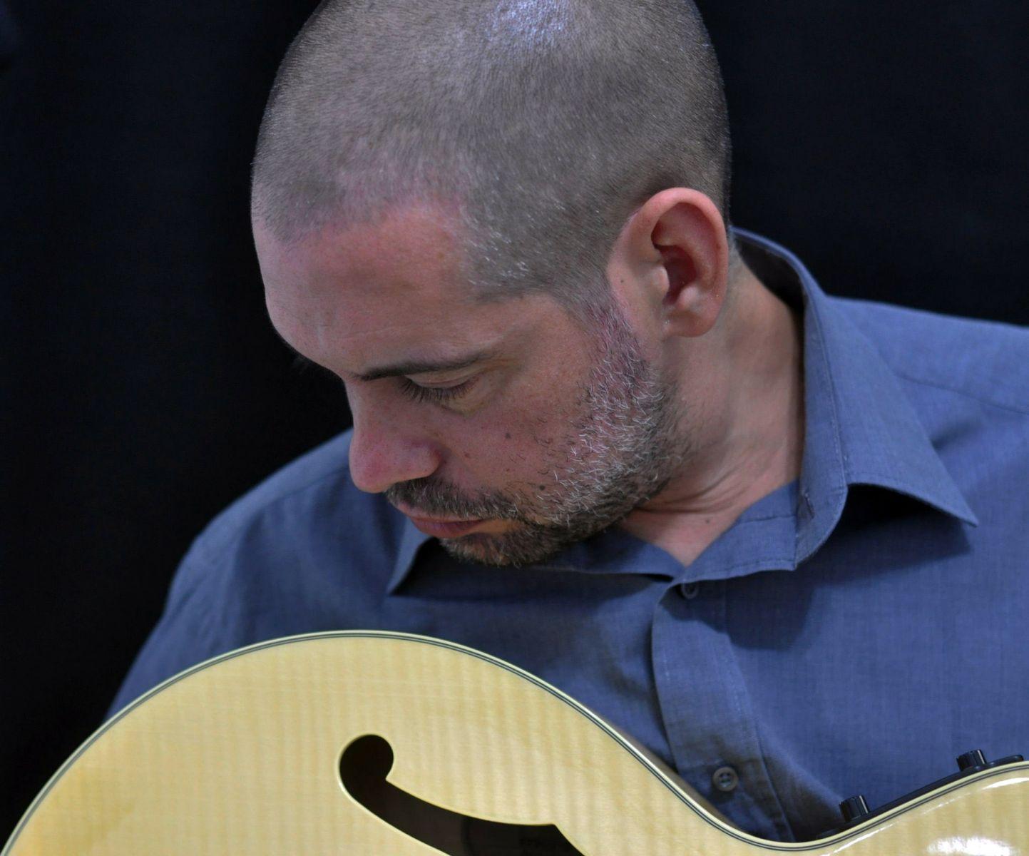 Músicos gaúchos criam app de dicionário de acordes, que vira sucesso internacional - Dinho Oliveira