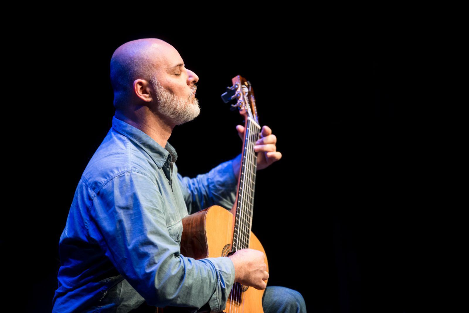 As cordas brasileiras no 39º Festival Internacional de Música de Londrina - André Siqueira. Créditos: Íris Zanetti