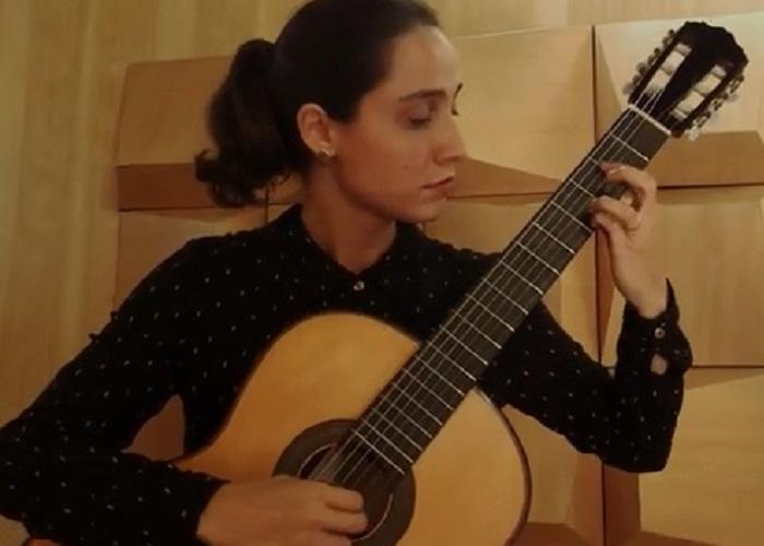 Capa do vídeo Maria Luísa Tonácio - Prelúdio em Mi Maior (Jean Charnaux)