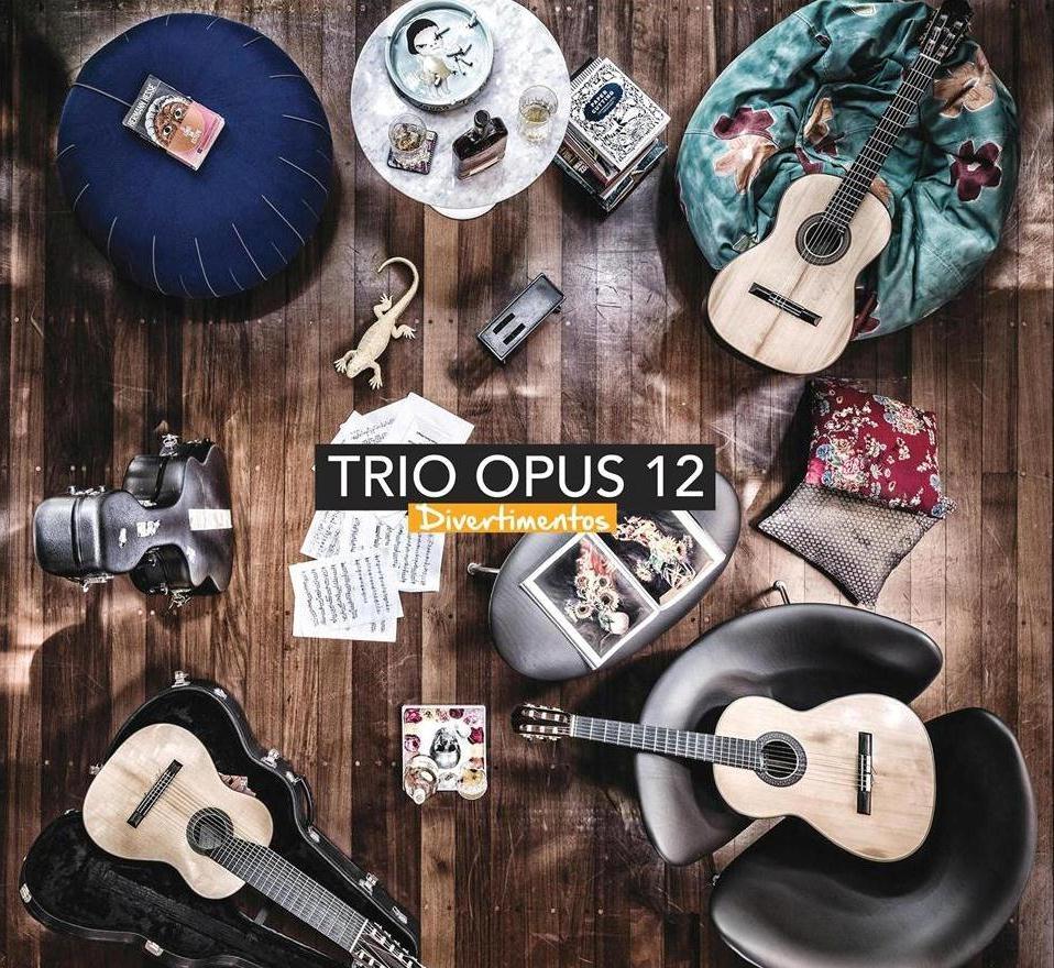 Trio Opus 12 - Divertimentos