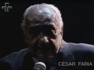Capa do vídeo CÉSAR FARIA E DINO NO ÉPOCA DE OURO - CARINHOSO (Pixinguinha)