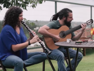Capa do vídeo Anat Cohen & Trio Brasileiro - Choro Pesado (Dudu Maia & Douglas Lora)