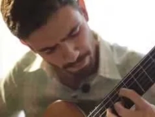 Capa do vídeo Lucas Félix fala de sua formação e do CD dedicado a Garcia Tolsa